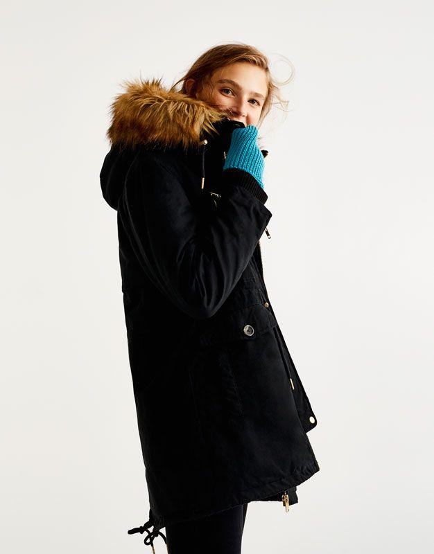 Parka à capuche doublure et fausse fourrure - Manteaux et blousons - Vêtements - Femme - PULL&BEAR France