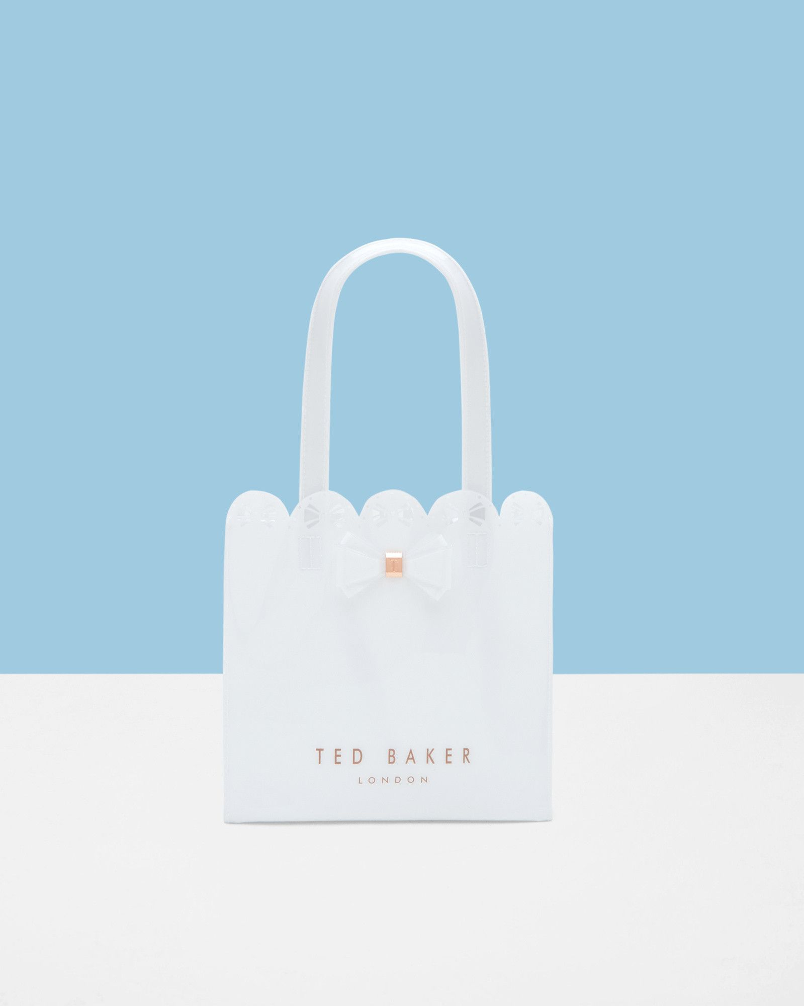 e8825ed14b909 ... Scallop edge small bow shopper bag - White Bags Other Europe Site  arrives c930f 371e5 ... TED BAKER ...