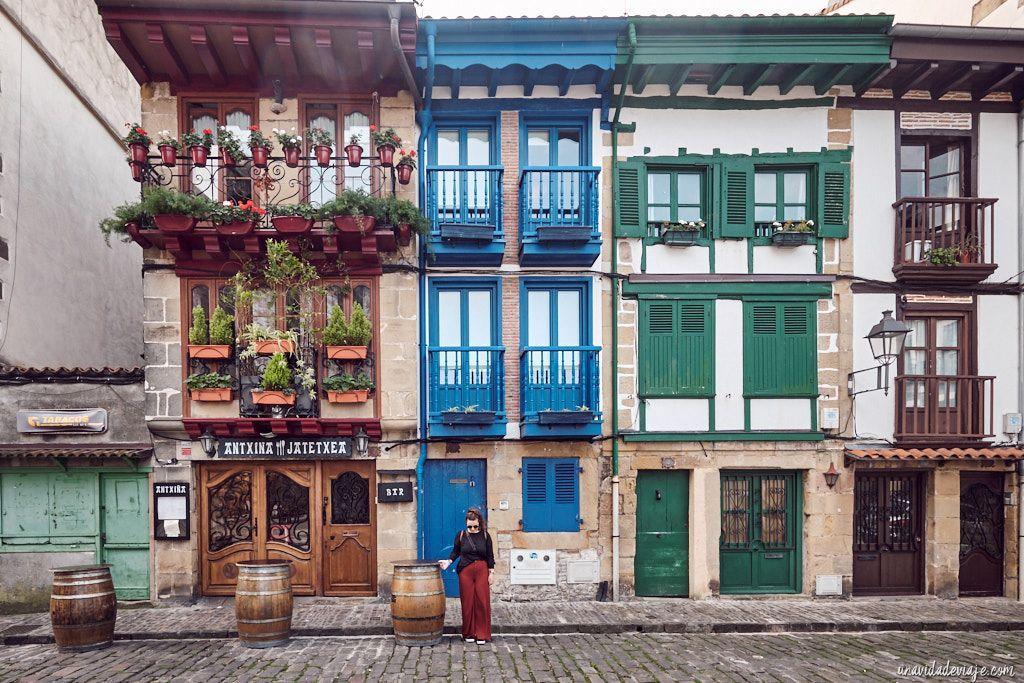 Que Ver En Hondarribia O Fuenterrabía Colores En El País Vasco País Vasco Paises Colores