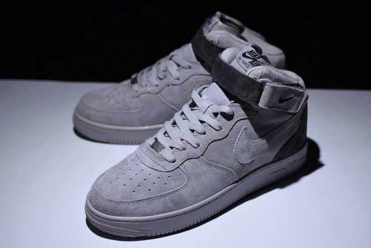 7ac67124d5 Canadian street tide brand Reigning Champ for the first time together with  the Nike Air Force 1, shoes to the overall Reigning Champ style simple gray  tone ...