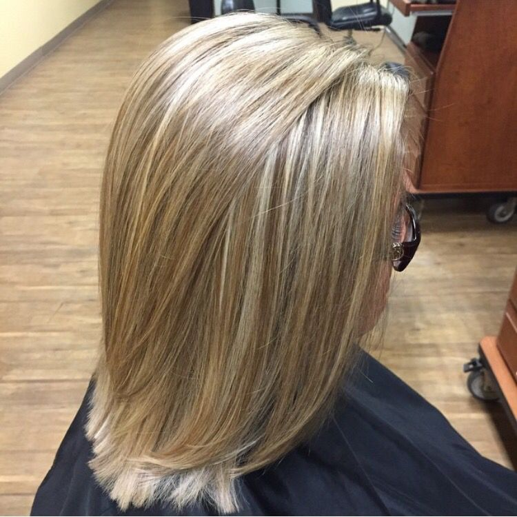 Sandy Blonde Highlights And Lowlights Ash Blonde Hair With