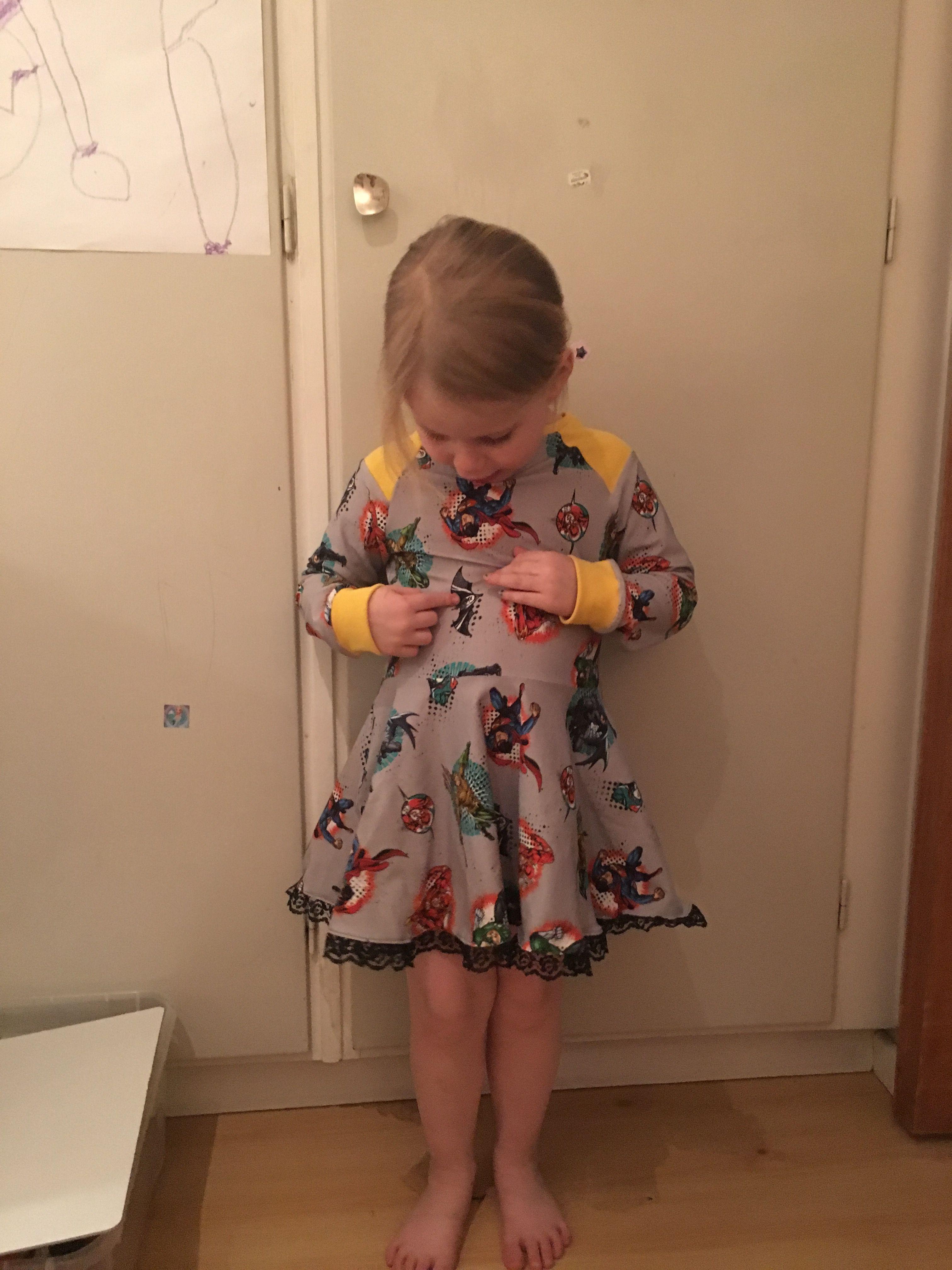 ecaa16c1e7f6 Pin tillagd av Jenny Danielsson på Skrotungar | Summer dresses, Dresses och  Fashion