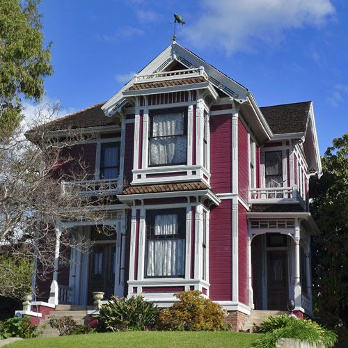 Where To Find Famous Tv And Movie Houses In Los Angeles Los Angeles Homes House Victorian Homes