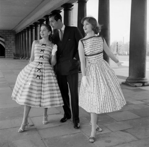 Summer fashion in Vanity Fair, April 1957