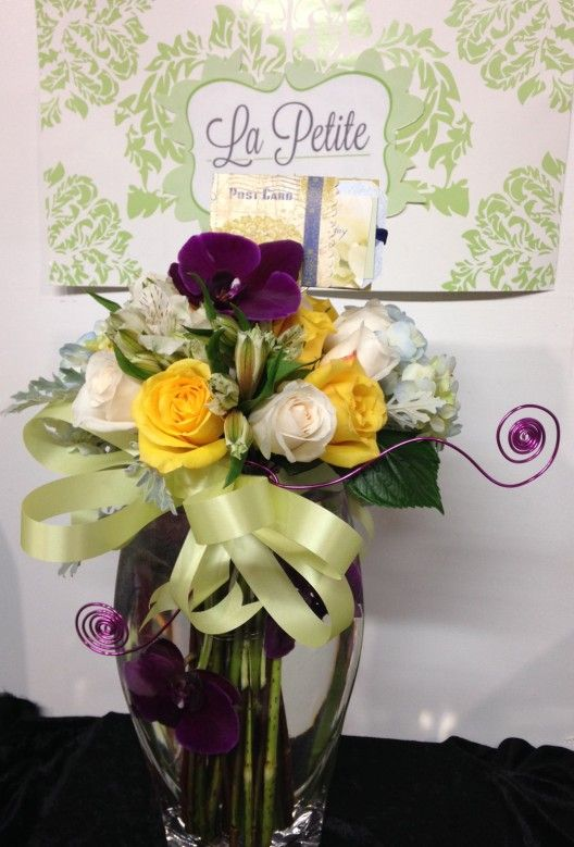Bloomnation For Florists Fall Floral Arrangements California Flowers Sympathy Flowers