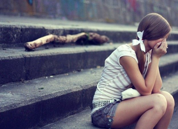 Sad Girls Wallpapers Hd Pictures Hd Sad Girls Wallpapers And