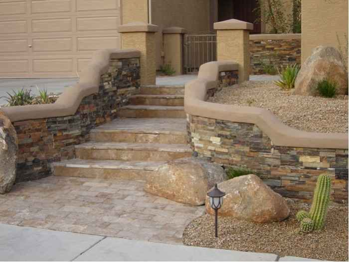 Stone walls landscaping phoenix landscaping stone walls for Courtyard stone landscape
