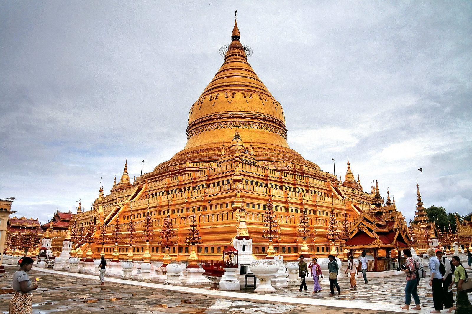 https://flic.kr/p/f28PQR   Burma-Mount-Popa-Bagan-035