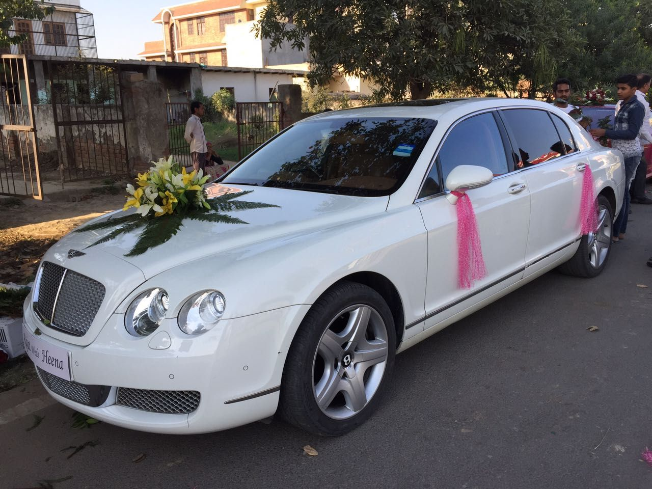 Fresh Ideas For Your Wedding With Wedding Car Delhi Book A Self Drive Car In Delhi Weddingcab Luxurycars Weddingcar Luxury Car Hire Car Hire Car Rental