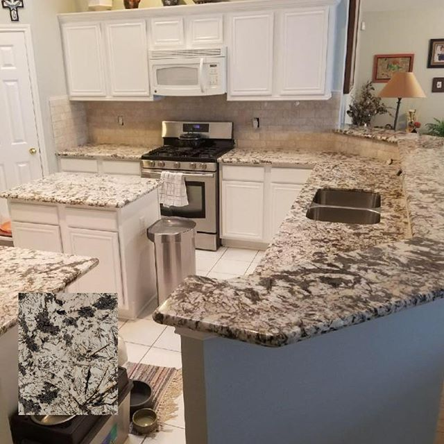 Countertops With Travertine Backsplash