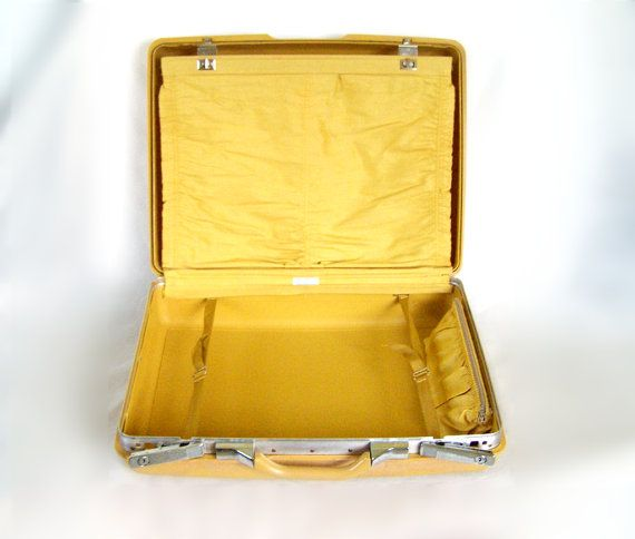 17 Best images about Vintage Luggage & Cases on Pinterest ...