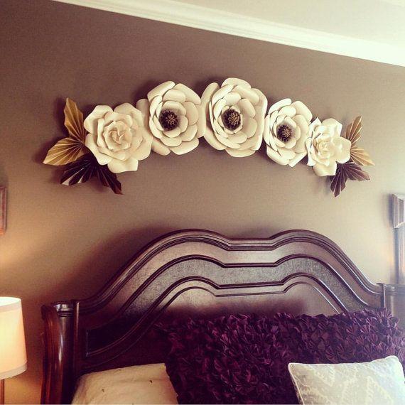 Flores de papel grandes flores de papel gigantes set for Papel mural para dormitorio bebe