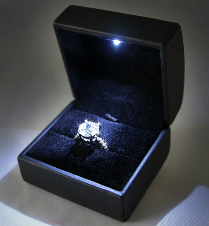 How Freaking Cool It S A Ring Box With An Led Light Ring Box