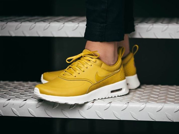 nike air max thea grey citrus yellow pages