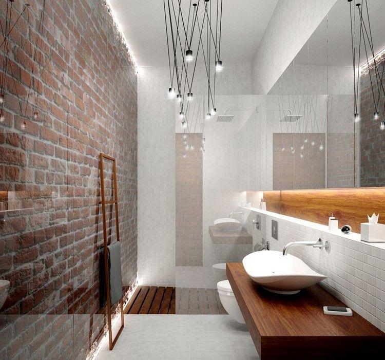 Wer Ein Kleines Bad Einrichten Muss, Der Sollte Die Verschiedenen Lösungen  Zum Platz Sparen überlegen. Eine Davon Ist Das Bad Mit Dusche Statt Mit  Badewanne