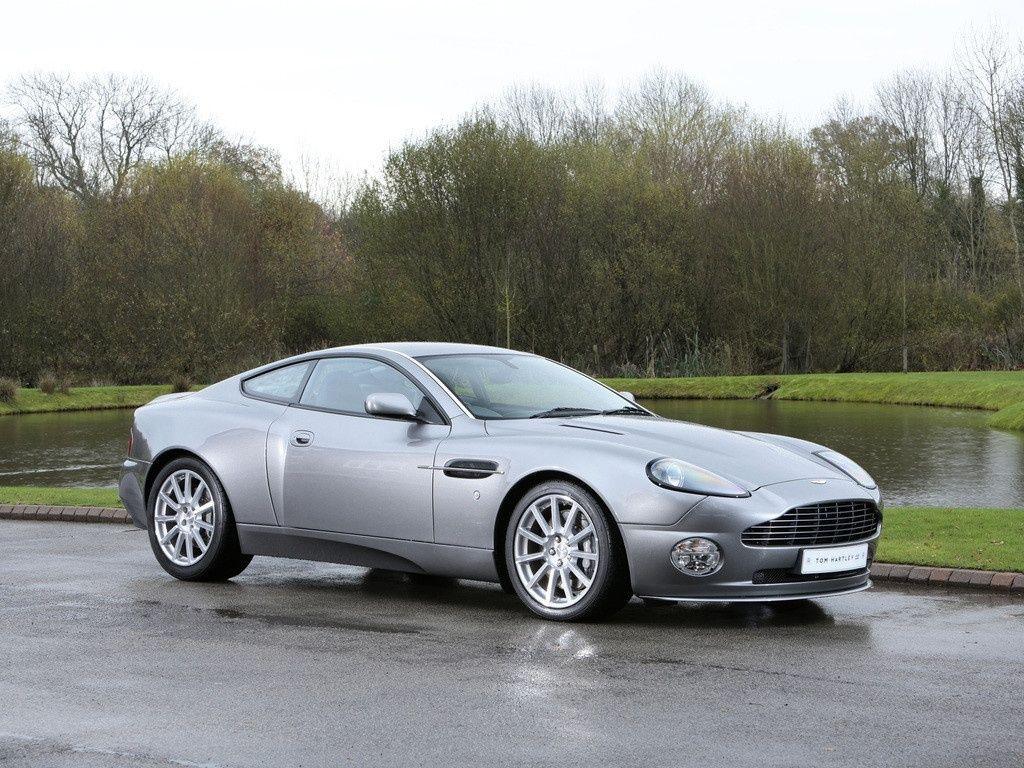 2004 Aston Martin Vanquish S 2 2 Classic Driver Market Aston Martin For Sale Aston Martin Aston Martin Vanquish