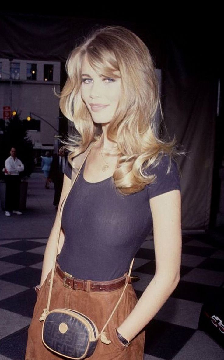 Style 90s Hairstyle 90shairstyles Claudia Deborahpraha Hairstyle Pinterest Shiffer Style Pinterest Hair Styles 70s Hair Long Hair Styles