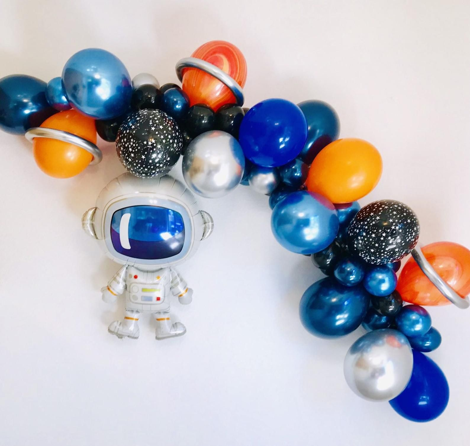 Space Balloon Garland, Space party, Astronaut Balloon, Outer Space Party, Astronaut, Blast off Birthday, Space Birthday, To the Moon