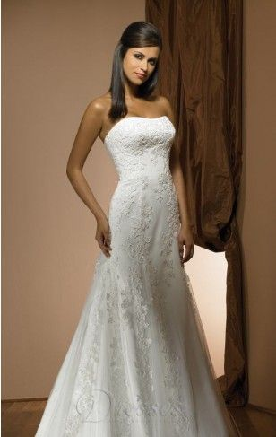 Traditional Mermaid Floor-length Strapless Ivory Lace Dress