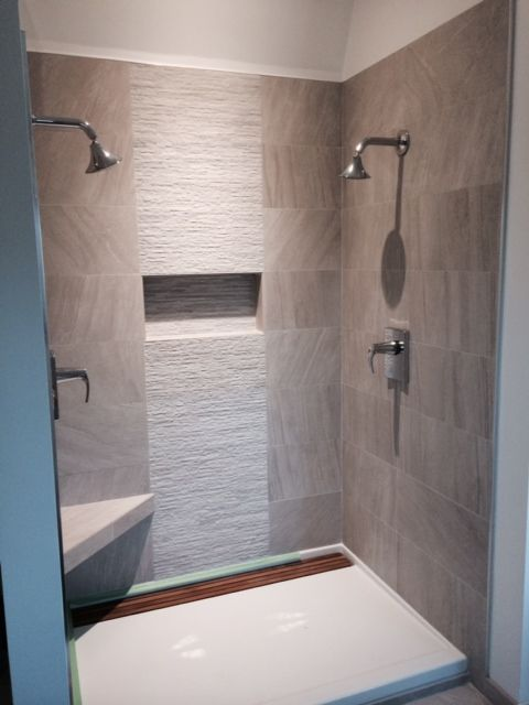 Contemporary Shower 12x24 Tile With 12x24 Muretto Accent Small Bathroom Modern Bathroom Tile Tile Bathroom