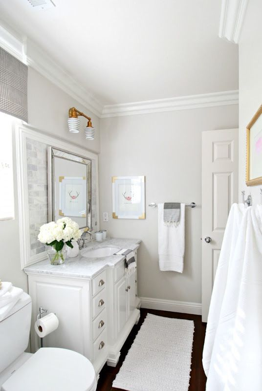 A Neutral Palette For The Washroom Wall Color Pale Oak By Benjamin Moore Bathroom Paint Colors Room Paint Colors Painting Bathroom