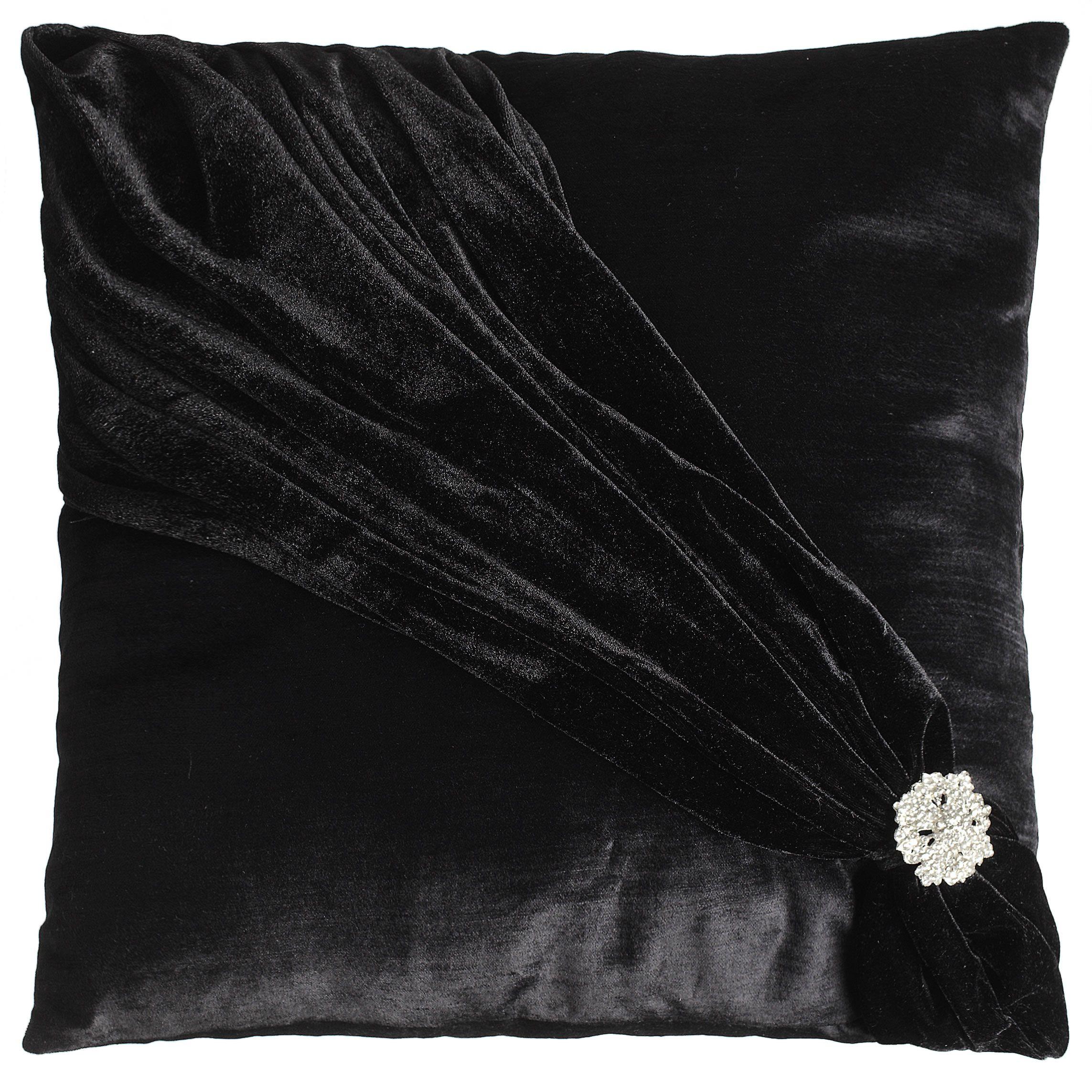Velvet cushion in jet black storesp