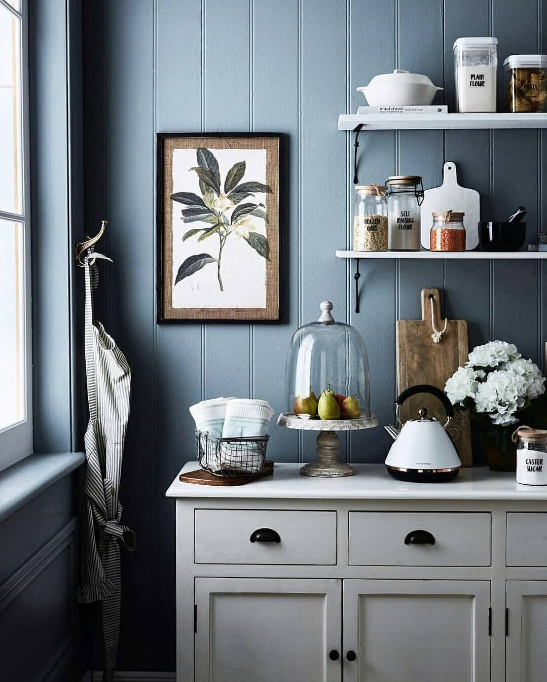 Porter S Paints On Instagram Newport Blue In Eggshell Looking Dreamy In This Kitchen Scene Styled By In 2020 Porter Paint Blue Kitchen Paint Porter Paint Colors