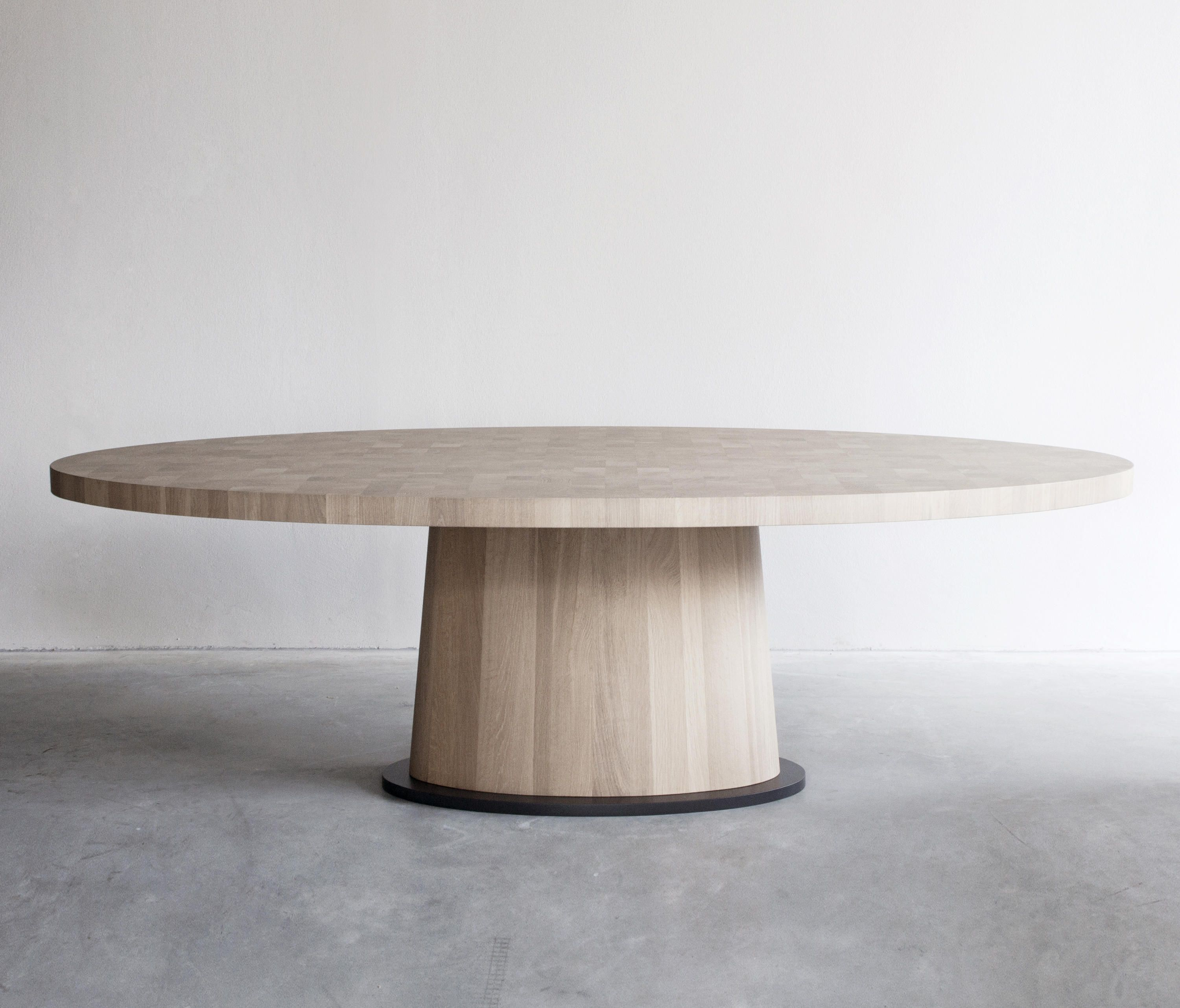 Kops Dining Table Oval Designer Dining Tables From Van Rossum