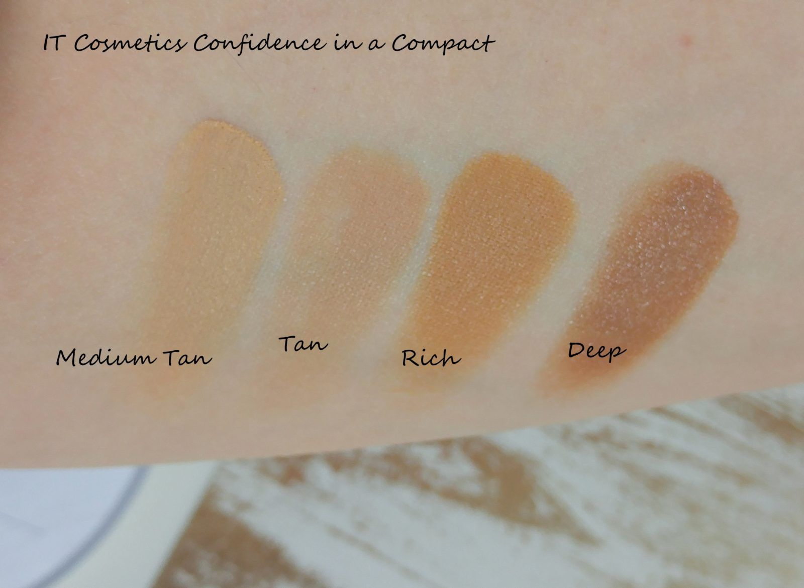 Confidence In A Compact by IT Cosmetics #3