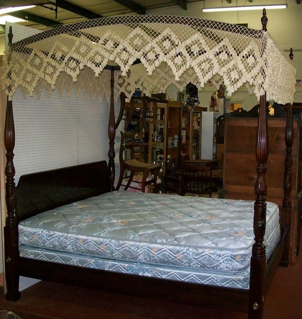 Henredon 4 Poster King Bed