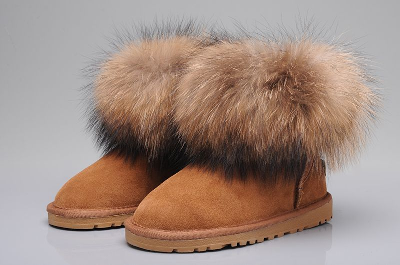 db2a919c6a3 UGG Fox Fur Mini Boots 5854 Chestnut | UGG Outfit | Ugg boots ...