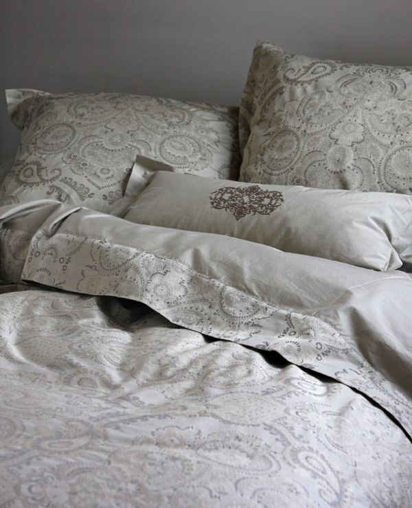 Au Lit Fine Linens Between The Sheets Linen Pillows Bedding Duvet