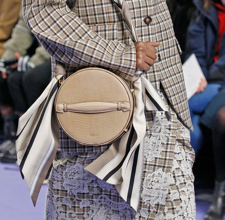 8e5edfc78123 Mulberry s Reinvention Continues With Tons of New Bags on the Brand s Fall  2017 Runway - PurseBlog