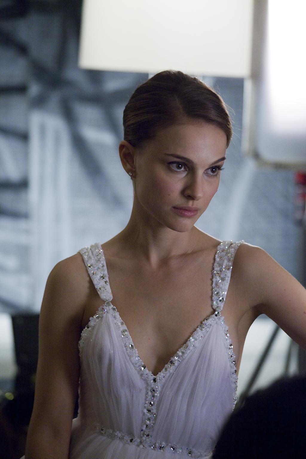 Natalie Portman | natalie in 2019 | Natalie portman, Natalie ...