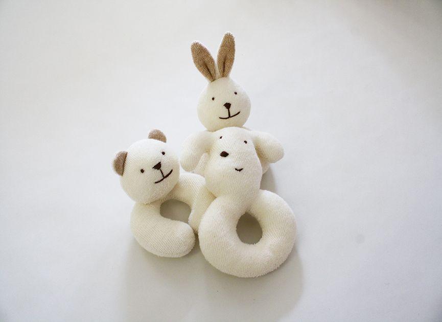 うさぎガラガラ オーガニックコットンのプリスティン 赤ちゃん おもちゃ 手作り 手作り おもちゃ ベビー 赤ちゃんおもちゃ