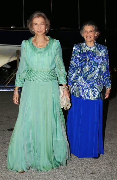 Spanish former Queen Sofia with her sister arrives for a private ...