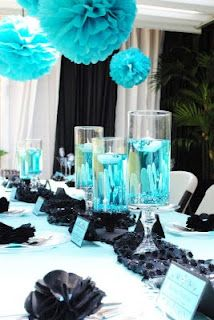 Another color themed party, love the aqua and black ...