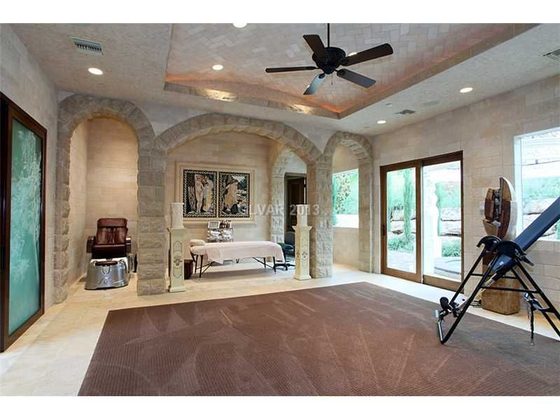 A Magnificent And Grand Estate In Lasvegas Elegant Residences Massage Parlor Yes Please Workout Room Home Home Spa Home Gym Decor