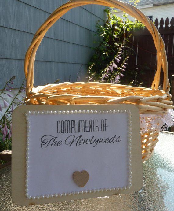 Large Round Wedding Basket. Wedding Favor Basket. Wedding