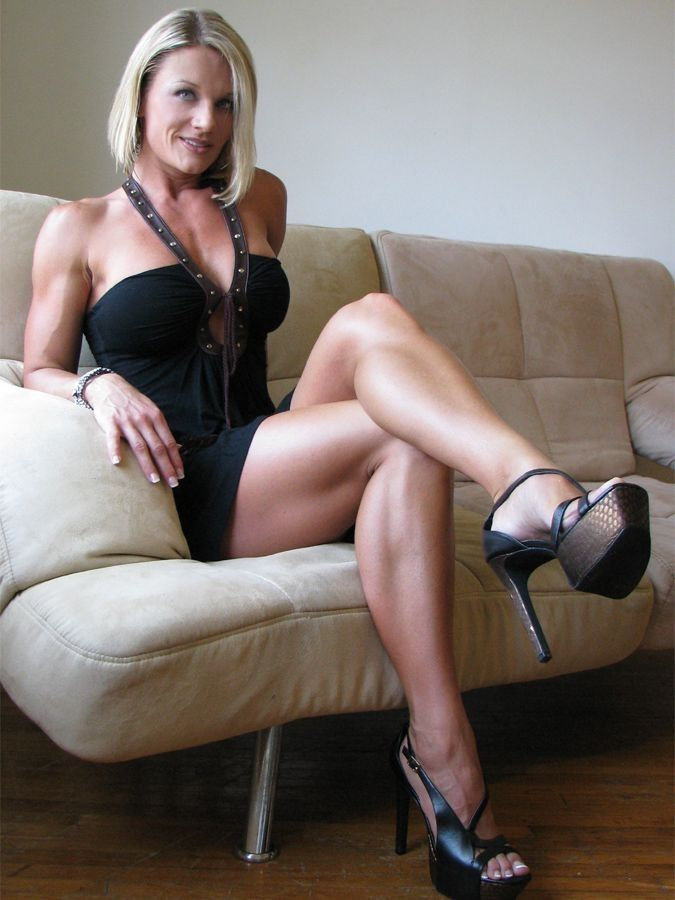 Mature ladies leg fetish