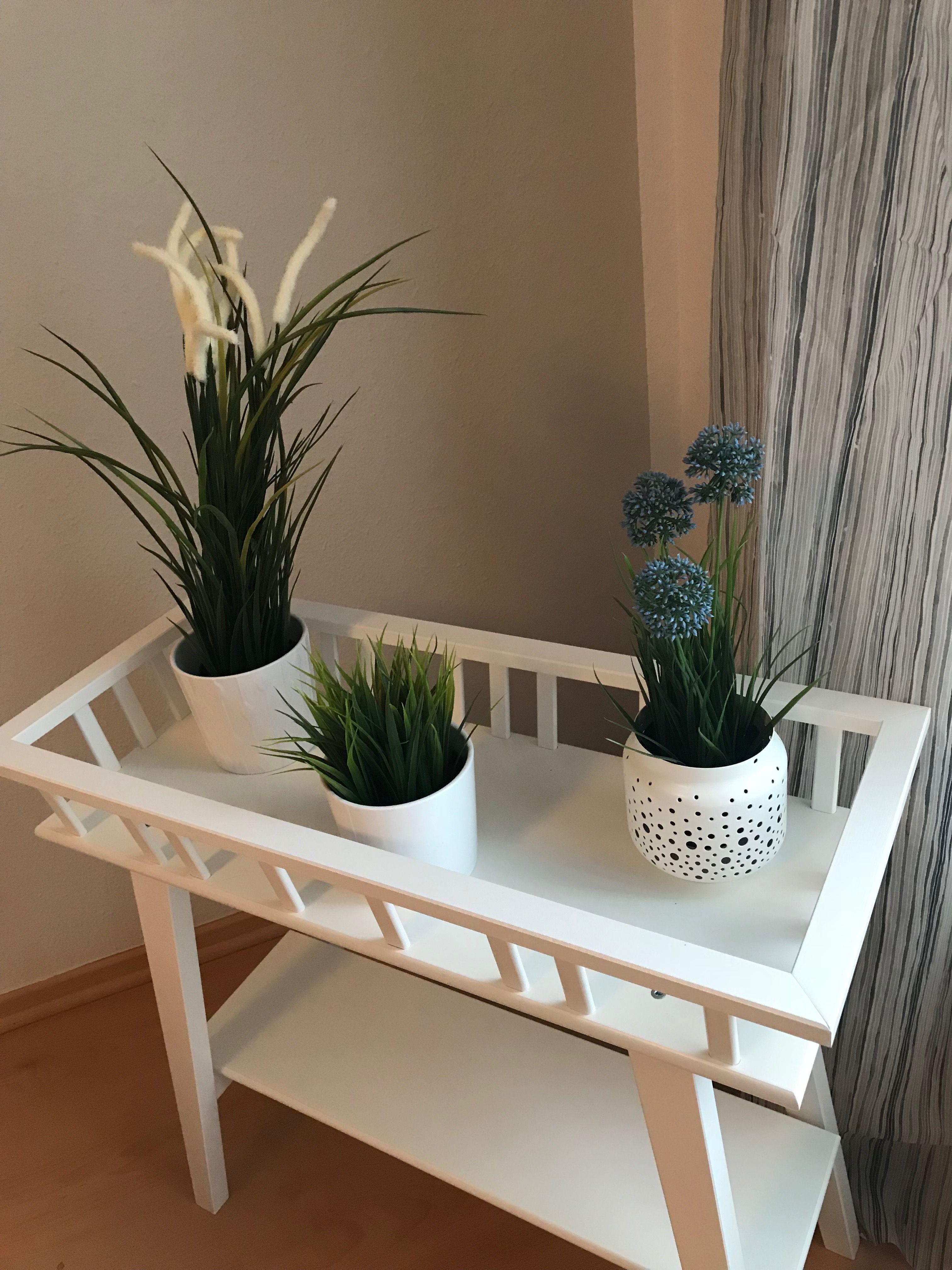 blumenbank lantliv fake pflanzen gardinen dagrun und bert pfe sind von ikea wandfarbe von. Black Bedroom Furniture Sets. Home Design Ideas