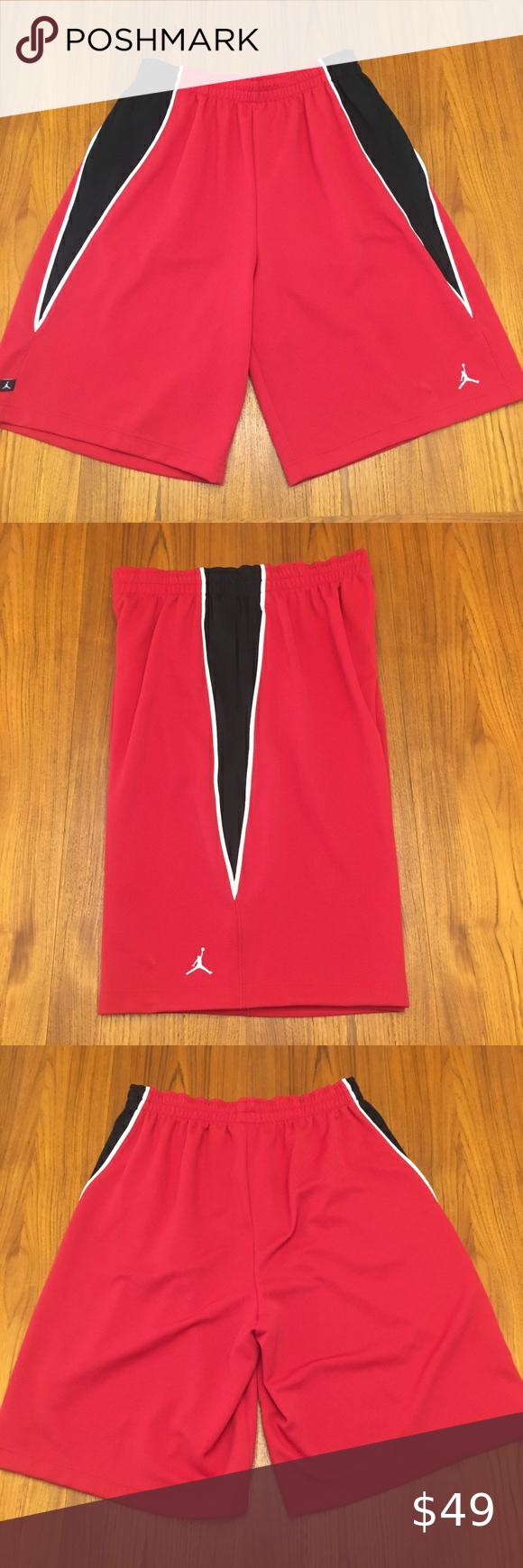 Sold Vintage Nike Air Jordan Shorts Xl 2007 In 2020 Nike Air Jordan Jordan Shorts Air Jordans
