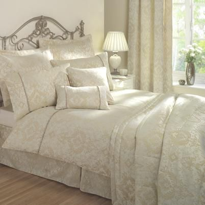Florence Bedding By Julian Charles Natural Luxury Duvet Covers