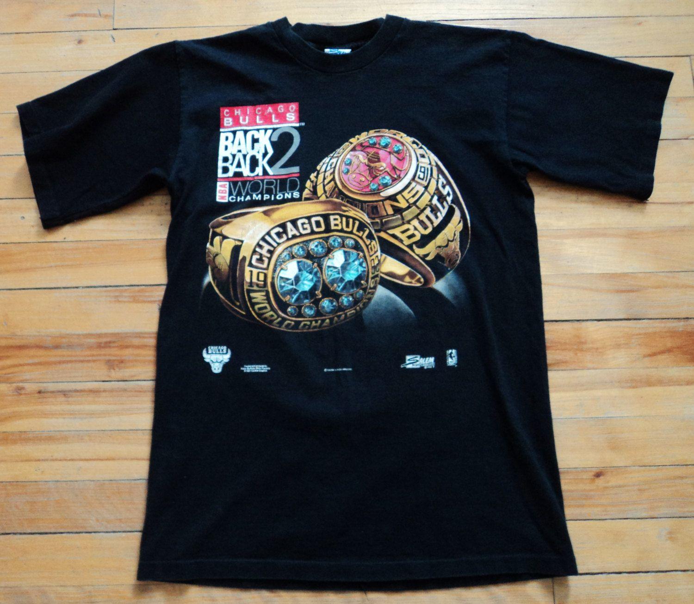 55ed1575c314 Vintage Chicago Bulls 91-92 Back 2 Back NBA Champions Med T Shirt VTG by  StreetwearAndVintage on Etsy