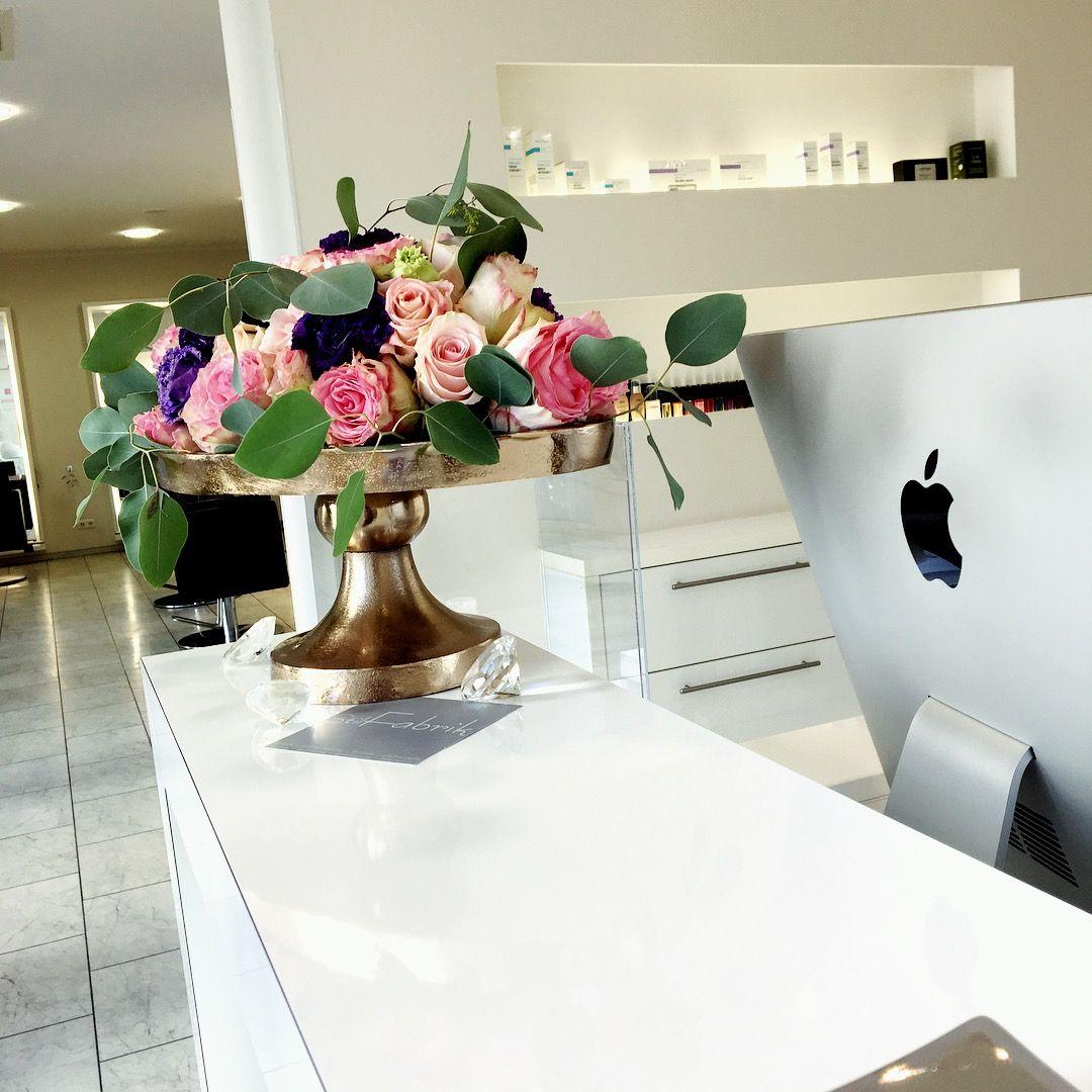 By betty.rochus@stilfabrik-gp.de #flowers #deko | Salon Dekoration ...