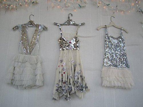 NYE outfits, anyone? Want!!