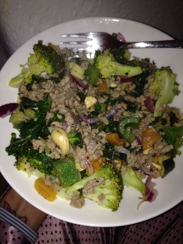 Turkey mince stir fry made with apricots, ginger, cashews ...