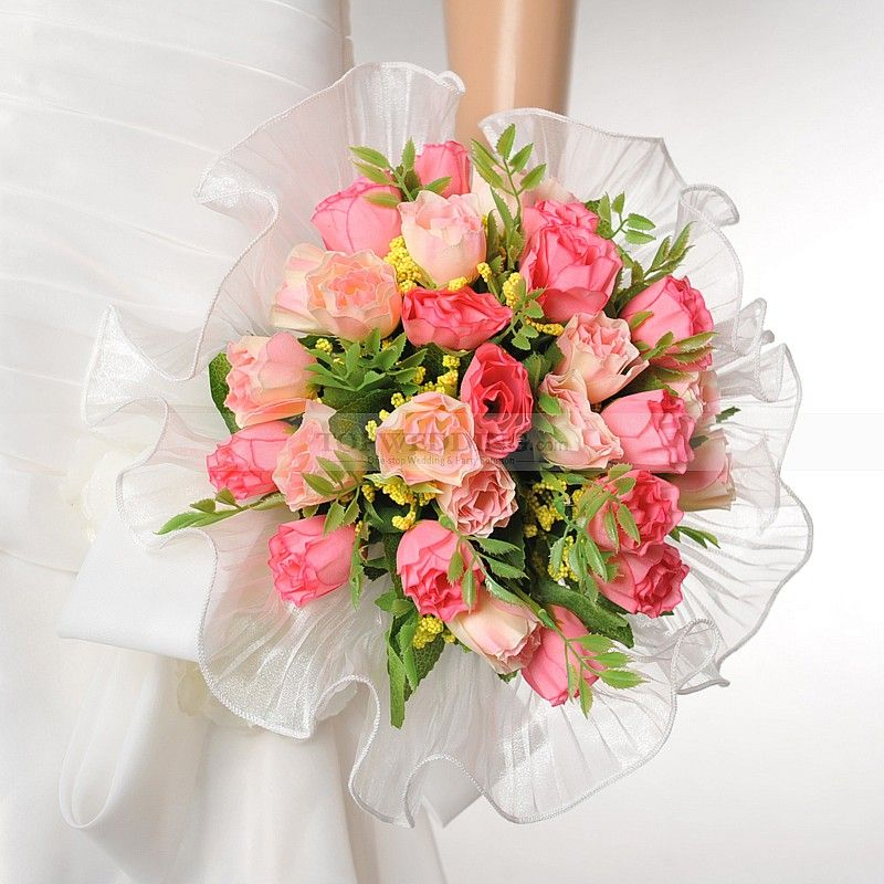 Red-and-Pink-Rose-Wedding-Bouquet-with-Trimmed-Organza-Wrap.jpg ...
