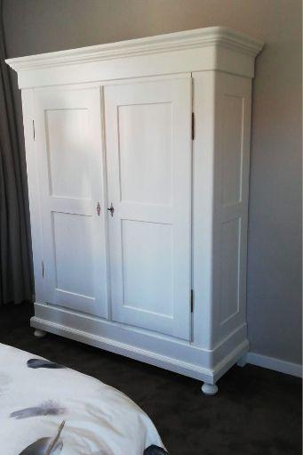 Kledingkast Slaapkamer Antiek En Brocante Kasten Bij Het