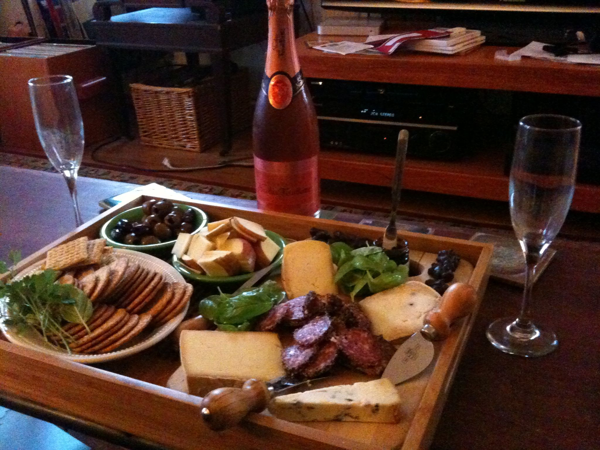 Indoor Picknick indoor picnic cheese bubbly yum yums